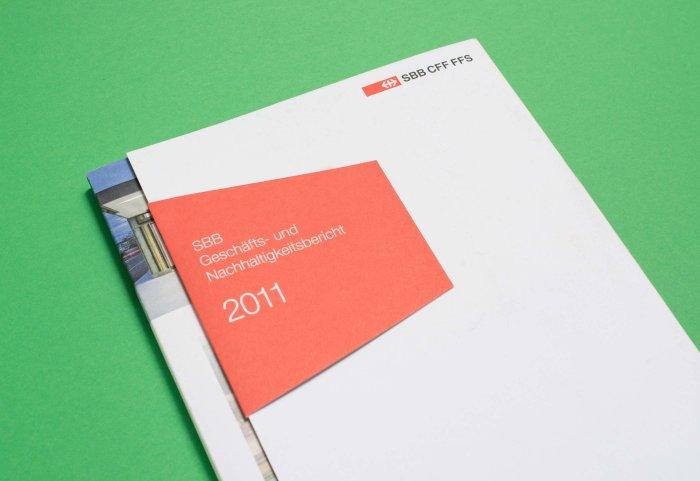 Cover Geschäftsbericht 2011 SBB