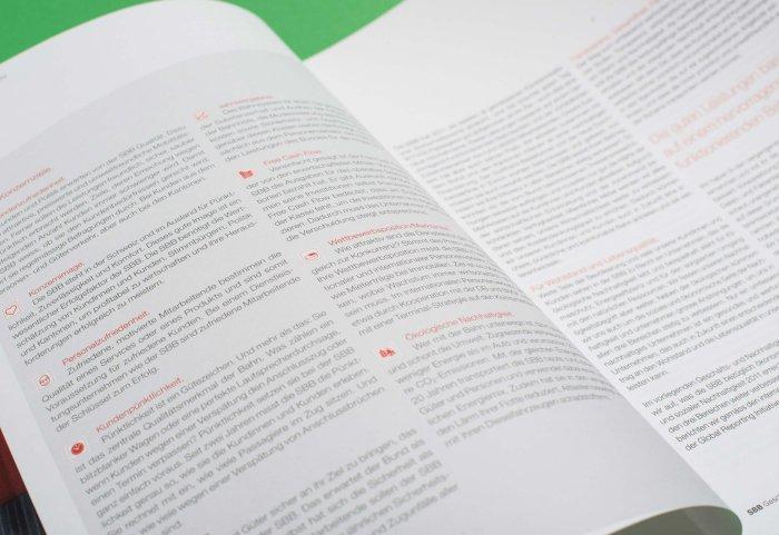 Innenseite Geschäftsbericht 2011 SBB