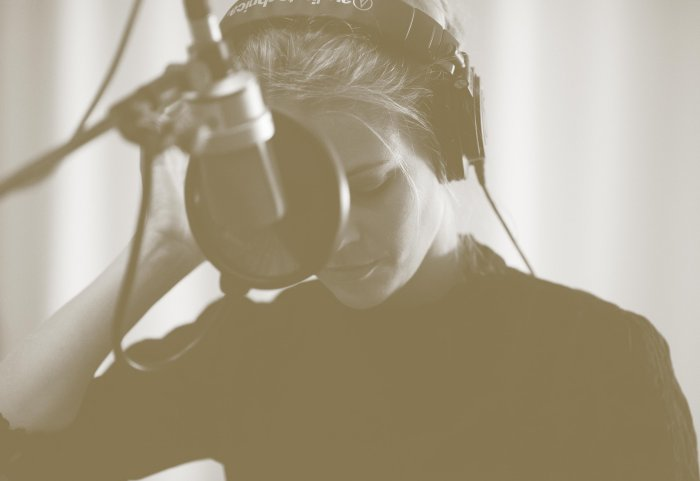 Jaël Malli Acoustic